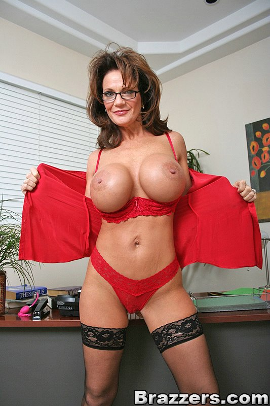 Deauxma From Big Tits At Work-2112
