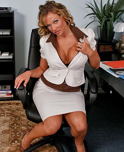 Nikki Sexx Big Tits At Work